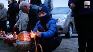 """""""Христос воскрес!"""": українці святкують Великдень"""
