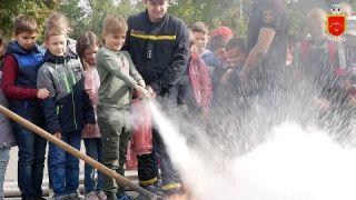 Діти обирають професію рятівника!