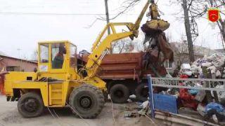 60 кубометрів сміття наскладали в одному дворі